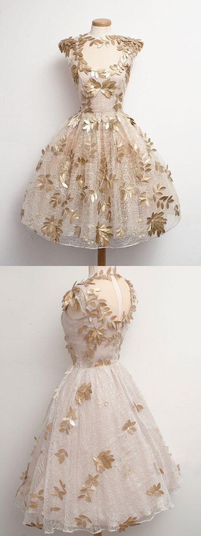 فستان سهرة اوف وايت قصير