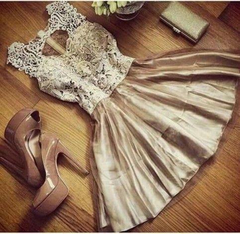فستان سوارية ذهبى قصير