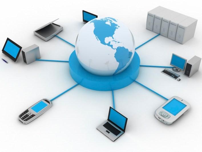 اتصال جهازَي حاسب أو أكثر، لتبادل البيانات، والاشتراك في المصادر، هو تعريف لـ؟