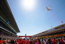 Photo of طائرة الإمارات A380 تفتتح سباق الجائزة الكبرى الإسباني