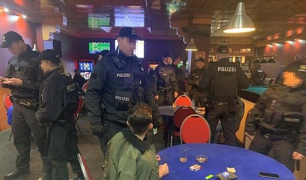 السلطات تشن أكبر مداهمة ضد عصابات سطو في ألمانيا