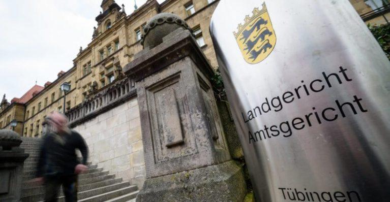 شرطية ألمانية تعترف بمحاولة قتل زوجها بهذه الطريقة