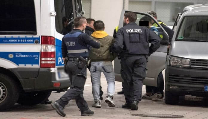 حكم بحق سوري قتل زوجته طعناً في ألمانيا