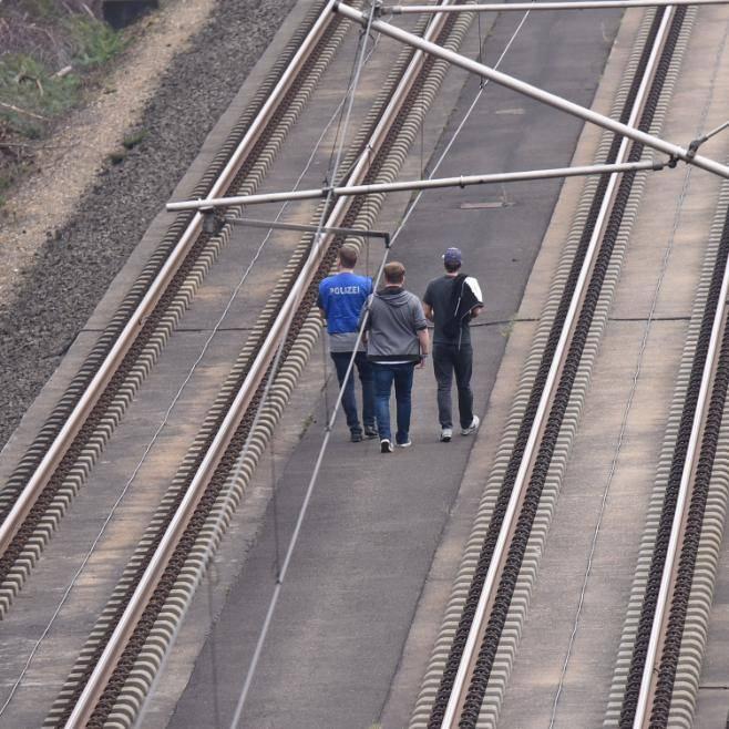 كشف هجوم كارثي على سكة قطار مدينة ألمانية