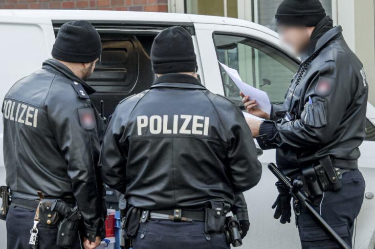 تأهب أمني بعد محاولة رجل تفجير منزله في مدينة ألمانية