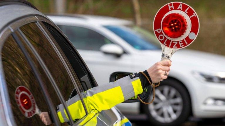 إيقاف موكب زفاف في مدينة ألمانية تسبب بتأهب أمني للشرطة