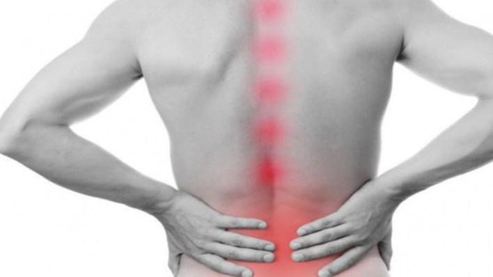 5 أعراض و3 طرق لمعالجة لداء «بختريف» إلتهاب مفاصل العمود الفقري