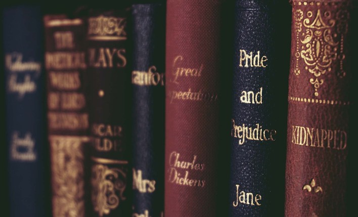 أسهل التخصصات الجامعية الأدب الإنجليزي