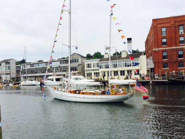 Classic boat parade Mystic