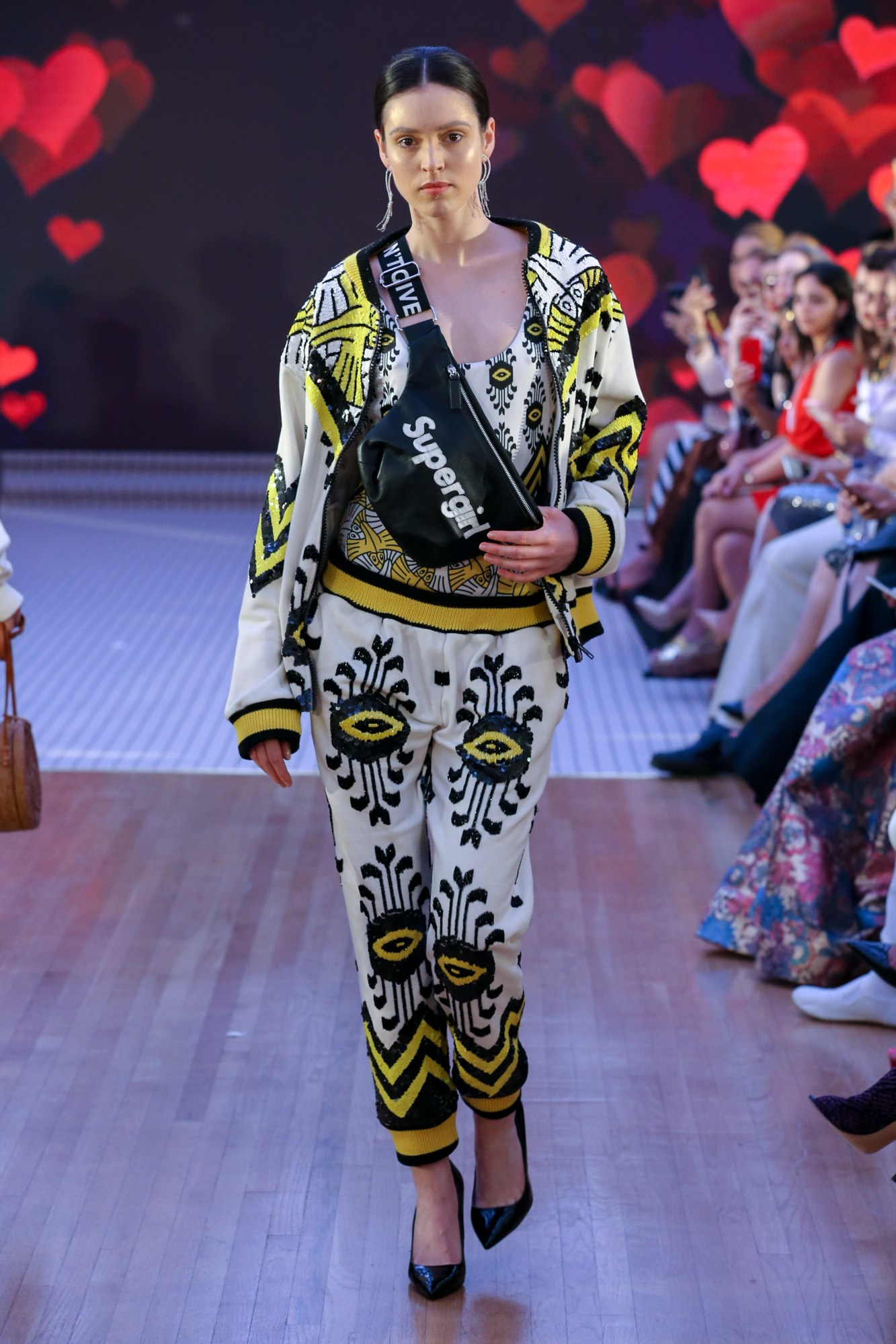 House Of Muamua Resort Fall Winter 2018 Collection Dubai Fashion Week