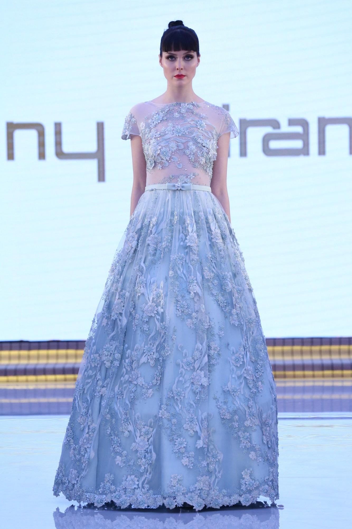 Tony MirandaResort Fall Winter 2018 CollectionDubai Fashion Week