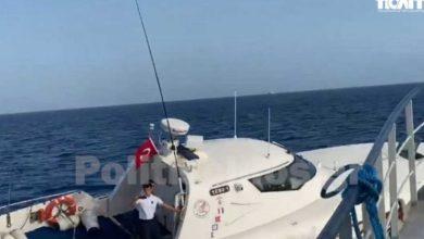 صورة بالفيديو زوارق بحرية تركية تستفز سفينة يونانية في بحر ايحة