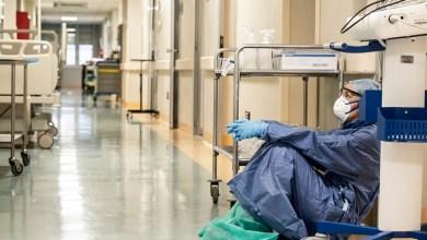 صورة اليونان أكثر من 100 حالة جديدة من بفيروس كورونا المستجد.