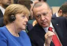 صورة أردوغان وميركل يبحثان مأزق شرق البحر المتوسط