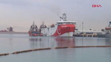 صورة سفينة التنقيب التركية تغادر المياه المتنازع عليها مع اليونان في شرق المتوسط