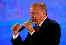 صورة أردوغان ردا على ميتسوتاكيس: تركيا ليست خادمة لأحد