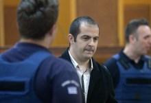 صورة أطلاق سراح عضو  حزب الفجر الذهبي المدان جيورجوس باتيليس من السجن