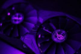 ASUS ROG STRIX RX 570 OC (9)