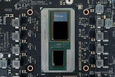 Intel-Hades-Canyon-NUC_Intel-Core-i7-8809G_AMD-Radeon-RX-Vega-M-GH_10-740x493