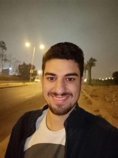 P20 Pro Camera Samples- Low Light Selfies (6)