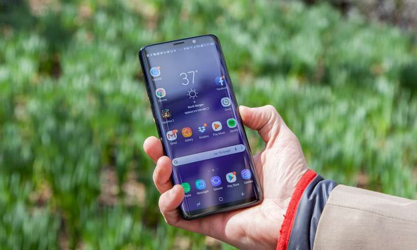 Galaxy S10 v.s Galaxy Note 9