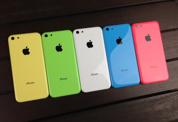 more images of the iphone 5s and the iphone 5c leak-02