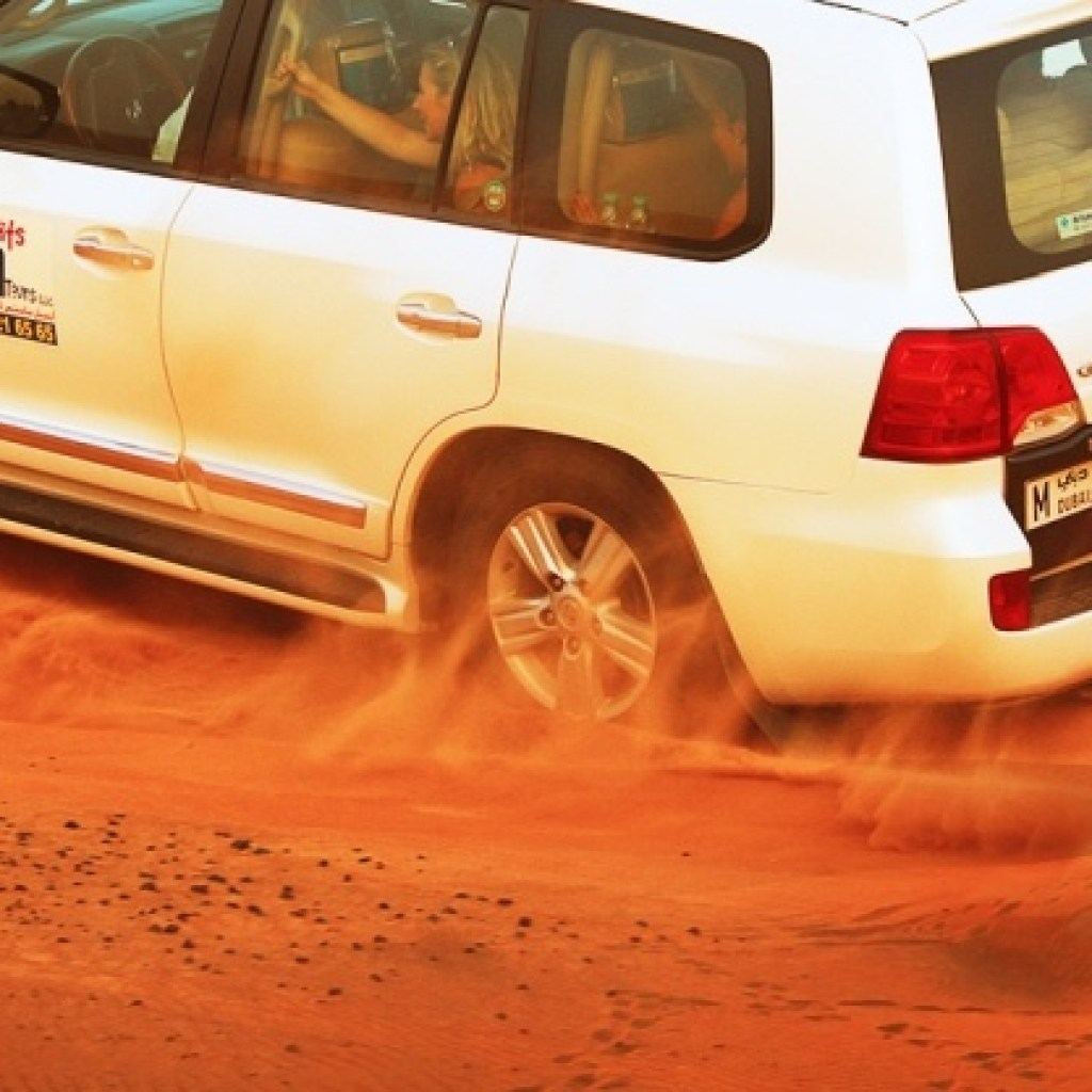 Desert safari with dune bashing