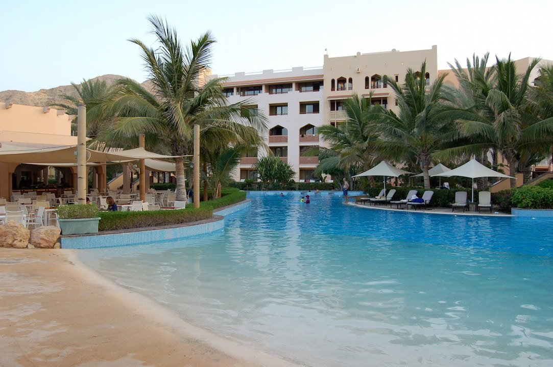 The pool at Al Bandar