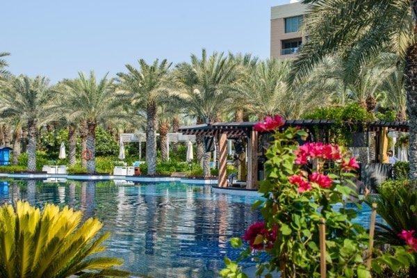 Rixos The Palm Dubai pool