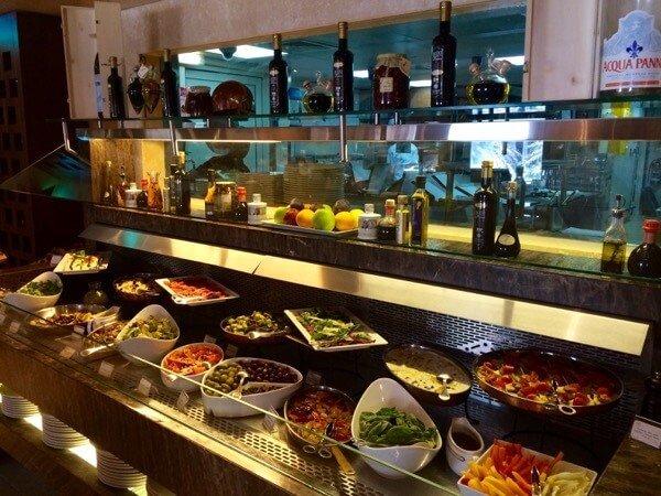 Spaccanapoli Crowne Plaza Abu Dhabi Arabian Notes 3