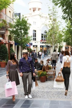 Las Rozas Village, Madrid, one of the nine Chic Outlet Shopping-peque