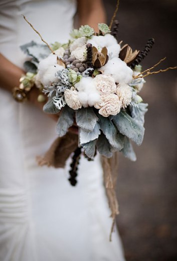 winter-wedding-flower