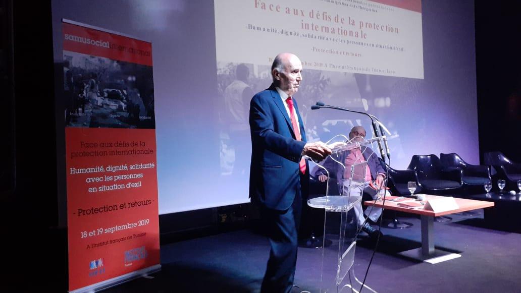 مهنا في تونس للمشاركة في مؤتمر الحركة الأورو-متوسطية للتضامن مع اللاجئين والمهاجرين