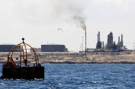 Oil terminals in eastern Libya back to work on December 15