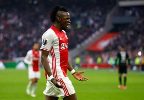 Ajaxs-Bertrand-Traore-celebrates-scoring-their-fourth-goal
