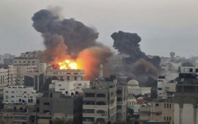 قاذفات إسرائيلية تغير على 9 أهداف في غزة ردا على الطائرات الورقية