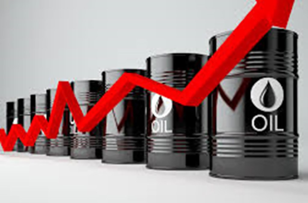 اسعار النفط تميل الى الارتفاع في آسيا بعد تعليق السعودية شحنات الخام عبر مضيق باب المندب