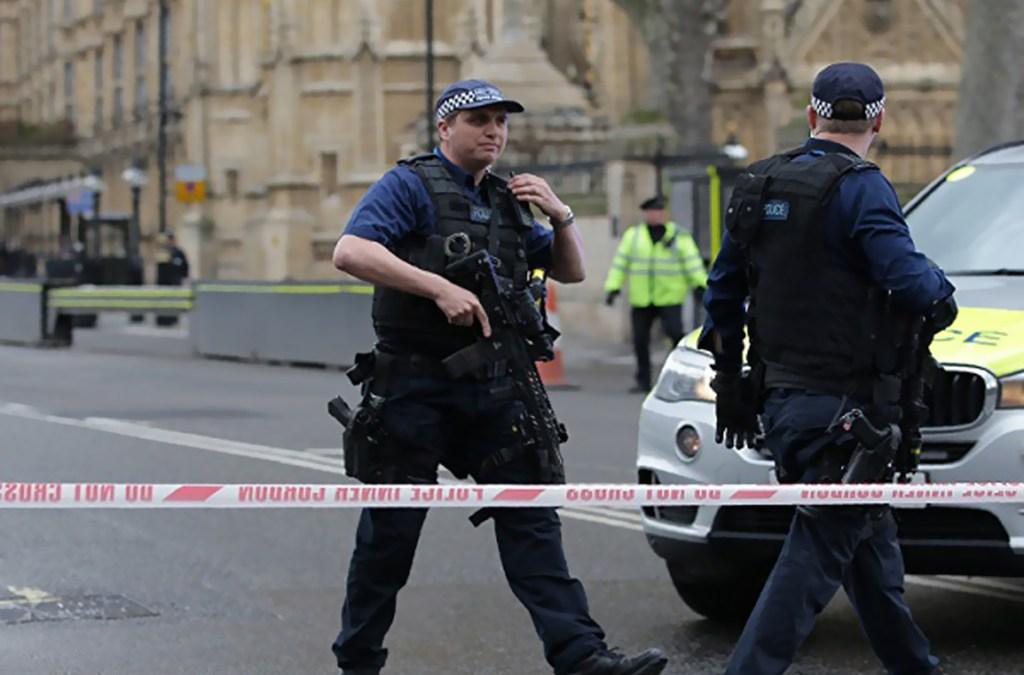 شرطة مكافحة الارهاب تولت التحقيق في عملية الصدم أمام البرلمان البريطاني