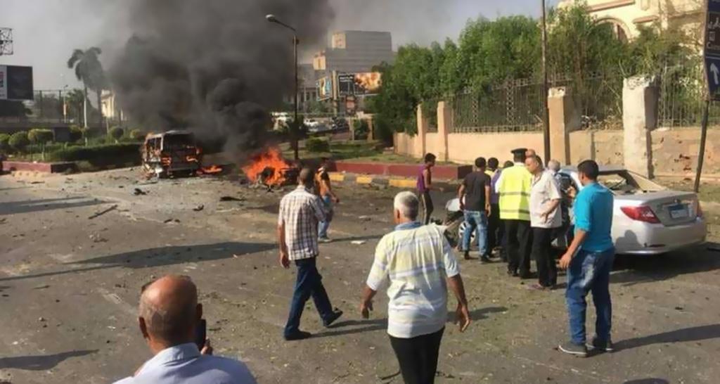 انفجار سيارة قرب وسط القاهرة