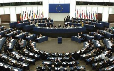 الاتحاد الأوروبي يفرض عقوبات على 3 شركات لانتهاكها حظر الاسلحة على ليبيا