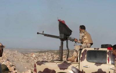 الجيش الليبي يخوض قتالا شرسا مع مسلحين أجانب وسط مدينة درنة