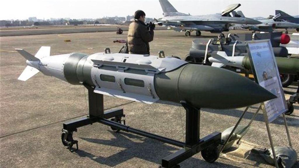 مدريد ستسلم السعودية 400 قنبلة موجهة بالليزر