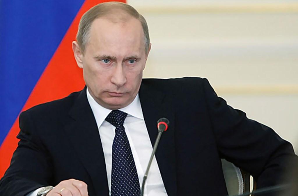الكرملين: بوتين أبلغ الأسد هاتفيا تسليم سوريا صواريخ إس300 الدفاعية