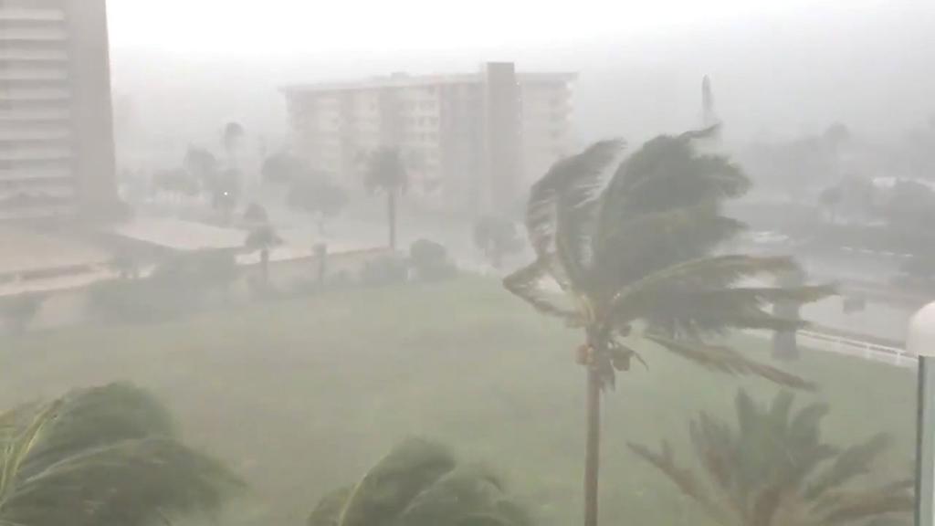 ساحل الخليج الأمريكي يتأهب للاعصار جوردون