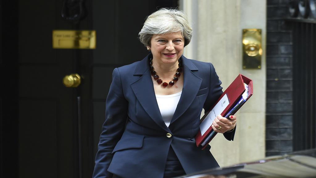 ماي تطلب من الاتحاد الأوروبي إرجاء بريكست حتى 30 حزيران
