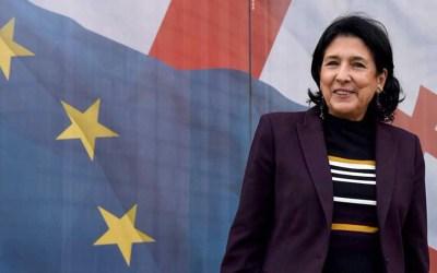 تقدم طفيف لسفيرة فرنسا السابقة زورابيشفيلي في الانتخابات الرئاسية في جورجيا