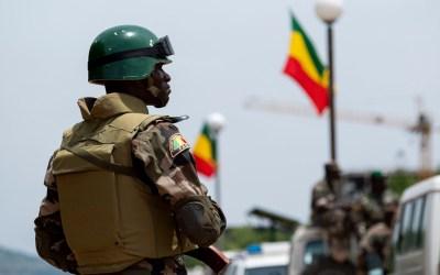 الجيش المالي: مقتل 5 جنود وإصابة 5 آخرين خلال هجوم إرهابي مباغت وسط البلاد