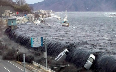 26 جريحا إثر زلزال قوي وتسونامي في اليابان
