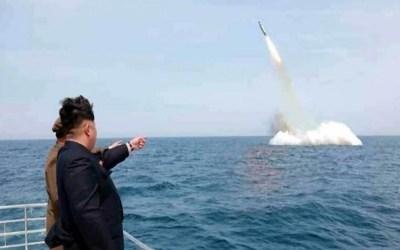 كوريا الشمالية :نجحنا في إطلاق صاروخ باليستي جديد من غواصة
