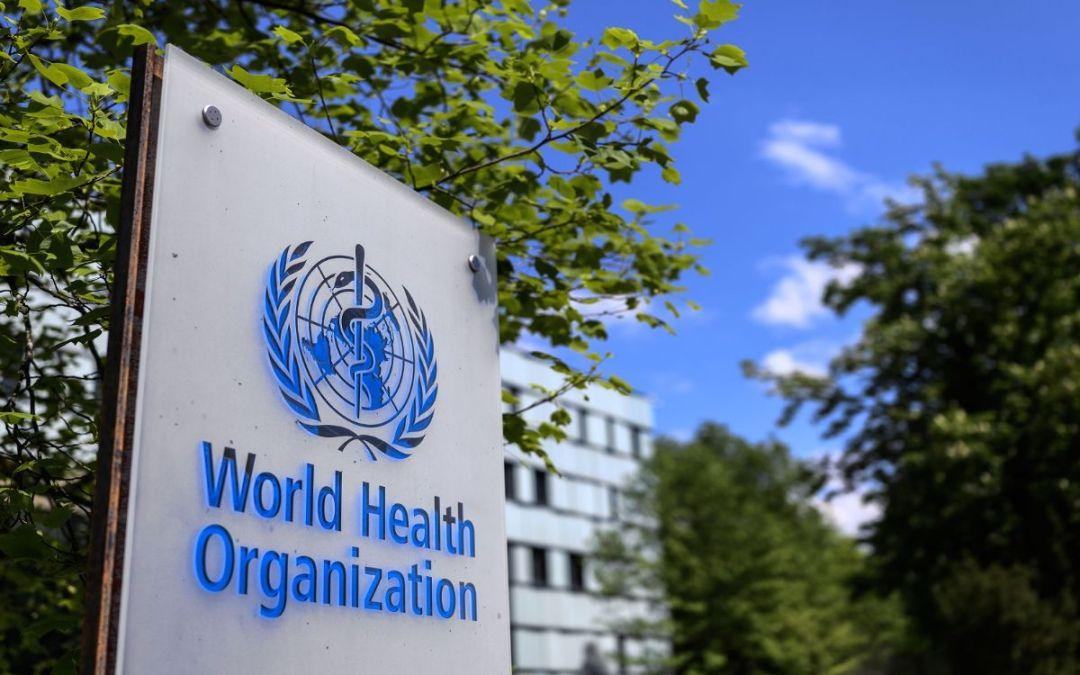 منظمة الصحة العالمية ترصد انخفاضا في حالات الإصابة بكورونا على مستوى العالم